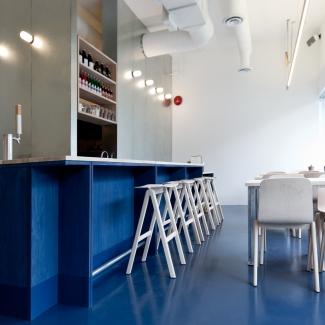 Kin Kao / Photo : Scott & Scott Architects