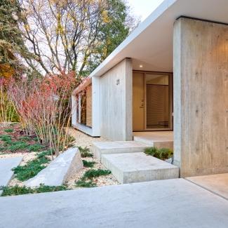 ABENBARE HOUSE EXTERIOR ENTRY