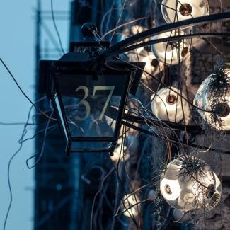 Light installation at Mallet Antiques, London, UK