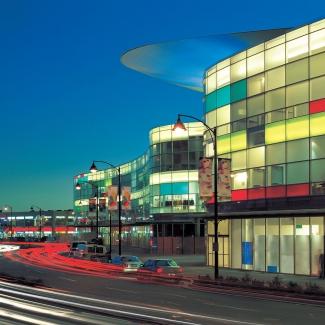 Centre Aberdeen / Bing Thom Architects