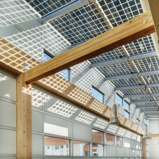 Les photovoltaïques intégrés au bâtiment produisent près de 10 % de l'énergie produite sur place