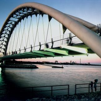 Pont piétonnier et cyclable de la rivière Humber