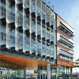 Centre for Interactive Research on Sustainability / Perkins+Will Canada Architects Co.